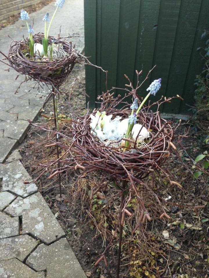 Frühling Ostern DIY Dekoration / Spring Easter Decor. Ein Nest aus ...