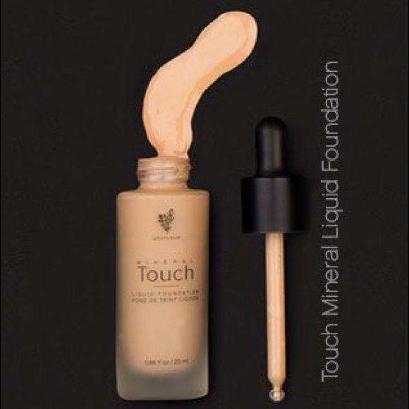 Younique Touch Mineral Liquid Foundation Liquid gold! It's a liquid mineral foundation feels lightweight but great coverage. Color : chiffon Younique Makeup Foundation