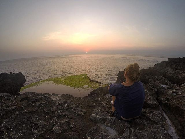 Sunset lover 🌅 _ #sunset #stunning #summer #summervibes #bali #nusalembongan #island #beachlife #backpacking #lifestyle #adventure #travellife #traveltheworld #travelgram #landscape #naturelovers #mothernature #adventure #photography #indonesia #indotravellers #wanderlust #happiness #memories by mgxblonblon. indotravellers #stunning #travelgram #wanderlust #lifestyle #sunset #nusalembongan #traveltheworld #naturelovers #summervibes #bali #beachlife #backpacking #photography #island…