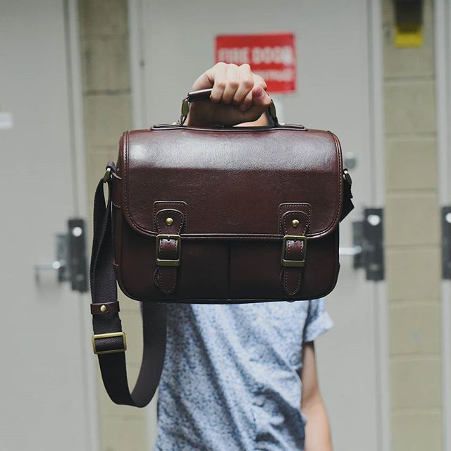 Georges are excited to announce that we are now stocking No More Ugly camera bags!  No More Ugly are a Sydney based company and their goal is to rid the world of ugly camera bags, at an extremely affordable price. A perfect gift for Christmas for every photographer!  Available in store
