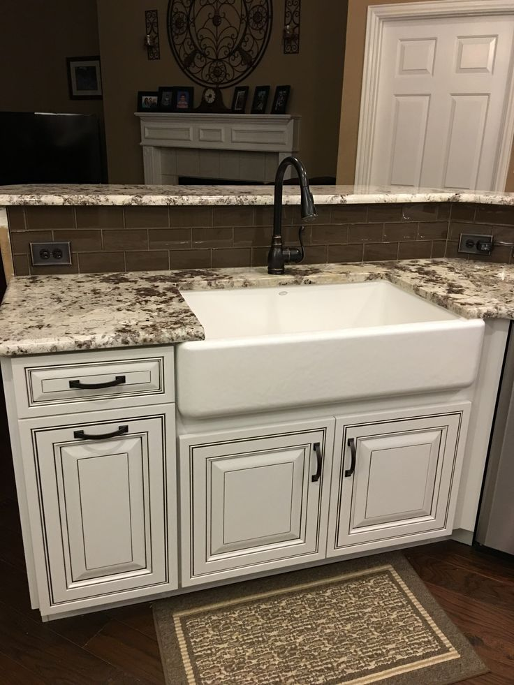 another beautiful diamond intrigue kitchen has been completed! project specialist, she