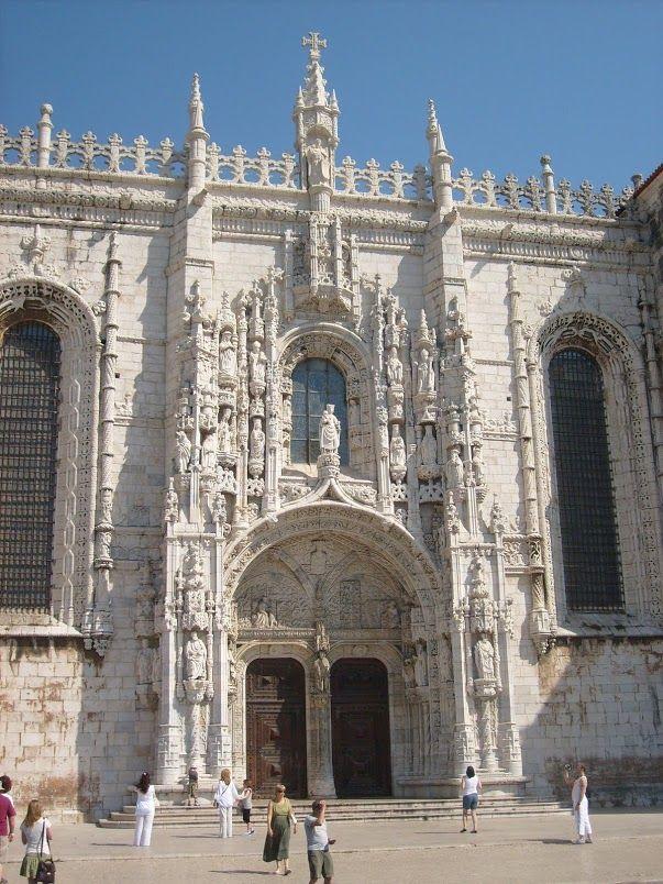 Pasteis de Belém: Lisbona - Un viaggio a Lisbona, una delle capitali europee più belle ma anche più atipiche prevede alcune tappe obbligate...scopri con noi quali sono...(Monastero)