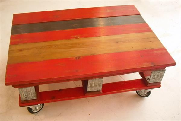 Best 25 red coffee tables ideas on pinterest teal for Pallet coffee table instructions