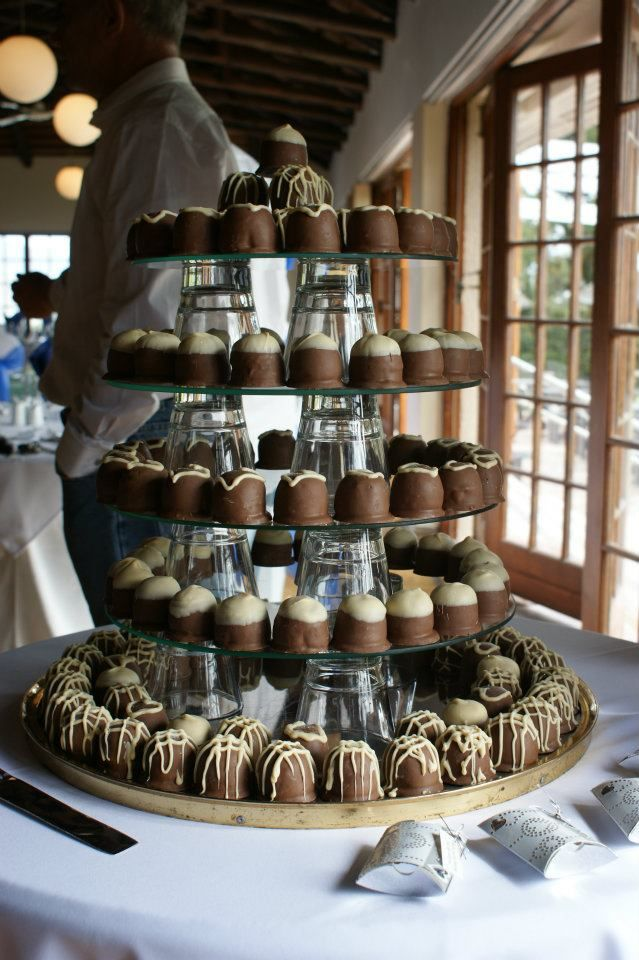 Sweeti Pie Wedding Cake