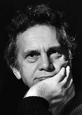 Daniel MASSEY (1933-1998) [ON] Active 1953-98> Born Daniel Raymond Massey 10 Oct 1933 England > Died 25 Mar 1998 (aged 64) England, Hodgkin's lymphoma > Spouses: Adrienne Corri (1961–67 div); Penelope Wilton (1975–84 div); Linda Wilton (1986–98, his death) > Children: 1. Actor Parents & sister (Raymond Massey, Adrianne Allen, Anna Massey). Notable work: In the Name of the Father (1993); Bad Timing (1980); Mary, Queen of Scots (1971); Oscar nominated 1968 Supporting Role - Star! {Noel Coward}