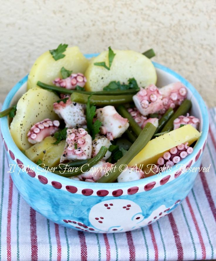 Insalata polpo patate fagiolini. Octopus potato bean salad - because I have octopus in the freezer to use, thanks to my fiance.
