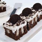 Cookies & Cream Oreo Poke Cake Recipe