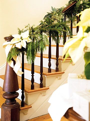 Pretty Poinsettias: Decorating Ideas, Christmas Decorations, Christmas Stairs, Holidays, Holiday Decorating, Christmas Ideas, Christmas Staircase
