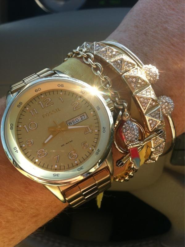 loving the pyramid pave bracelet on @HerLateNightCra #showusyoursparklePave Bracelets