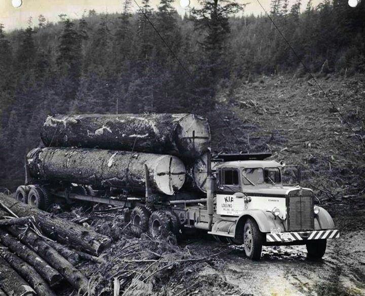 Nice log load on this old kenworth logging trucks