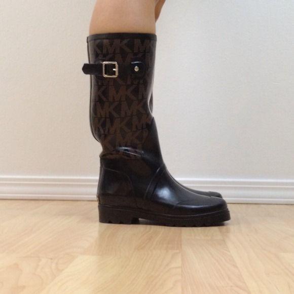 "Selling this ""Michael Kors Rain Boots - NEW"" in my Poshmark closet! My username is: yooni. #shopmycloset #poshmark #fashion #shopping #style #forsale #Michael Kors #Boots #rainboots #MichaelKors"
