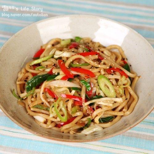 Delicious Day - [맛있는 음식] 탱글탱글 달달한~ 맛있는 볶음우동 만드는법