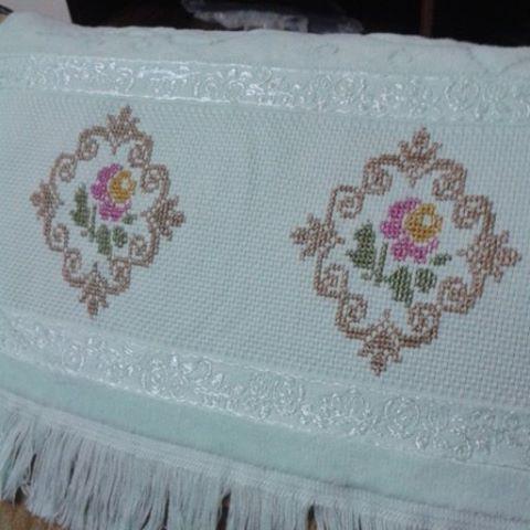 Finito... Made by Shima  #handmade #anchor #elişi #elemegi #kanevice #iğne #iplik #nakış #havlu #thread #hediye #embroidery #sandık #bead #işleme #tambour #düğün #nişan #etamin #dmc #yarn #çeyiz #made #hazırlık http://www.butimag.com/iplik/post/1467490126056684563_1922218390/?code=BRdkn6bAHwT