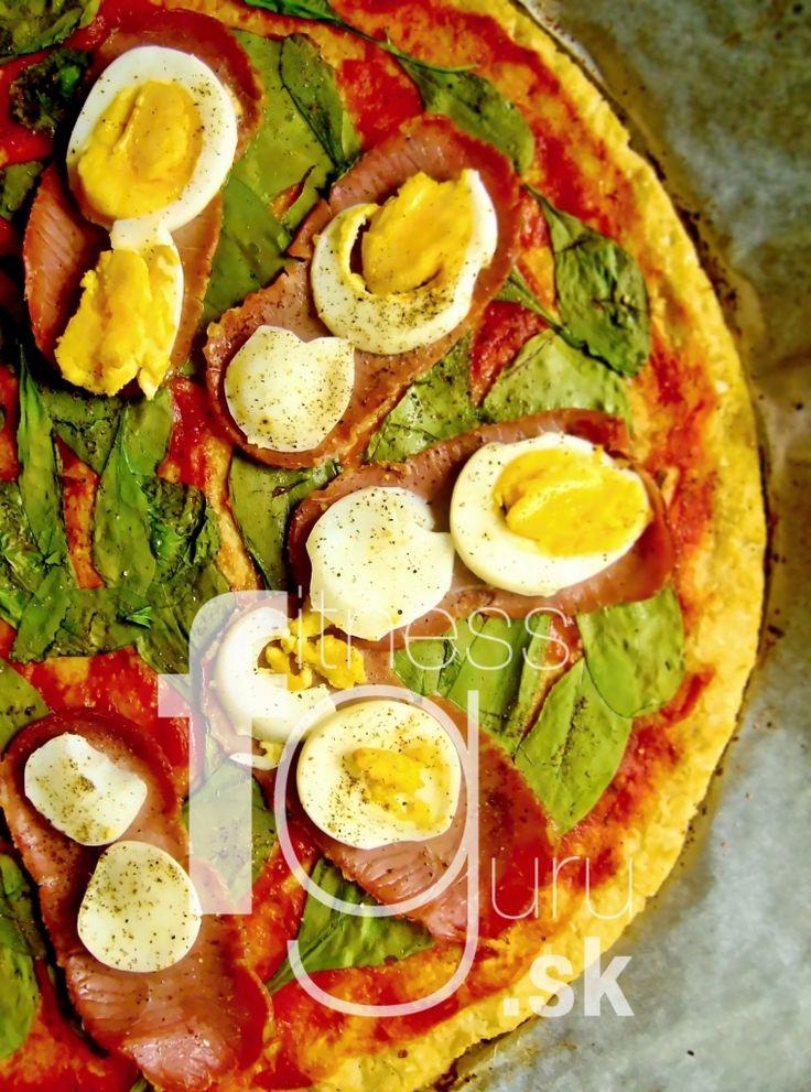 Pizza těsto z květáku a mozzarelly