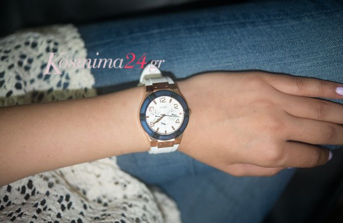 Ρολόι από τη συλλογή της GUESS για casual εμφανίσεις!!  http://www.kosmima24.gr/rologia/guess/guess-roloi-xeiros-w0564l1_p_13480.html