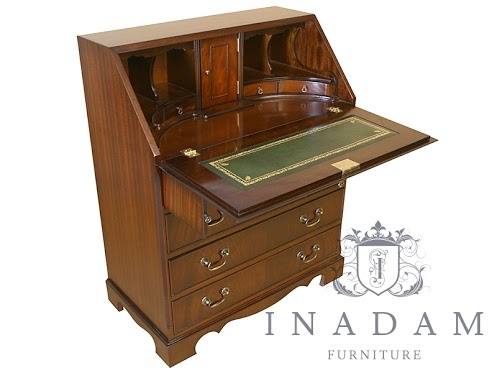 reproduction bureau in antique mahogany with green leather available from. Black Bedroom Furniture Sets. Home Design Ideas