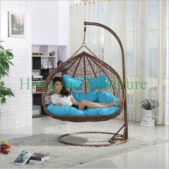 Tempat tidur gantung kursi rotan set furniture dengan bantal