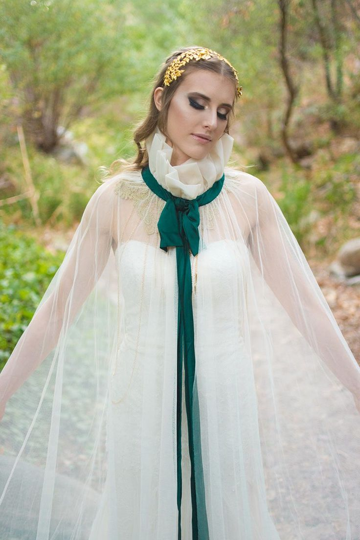 This subtle Link and Zelda wedding inspiration will teleport you to a fancy-pants Hyrule