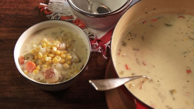 Corn Chowder - Nancy Fuller | Farmhouse Rules **Excellent recipe! I used frozen white corn (16 oz.) instead, added 2 potatoes and cayenne pepper, and used 1 cup milk with 1 cup cream.**