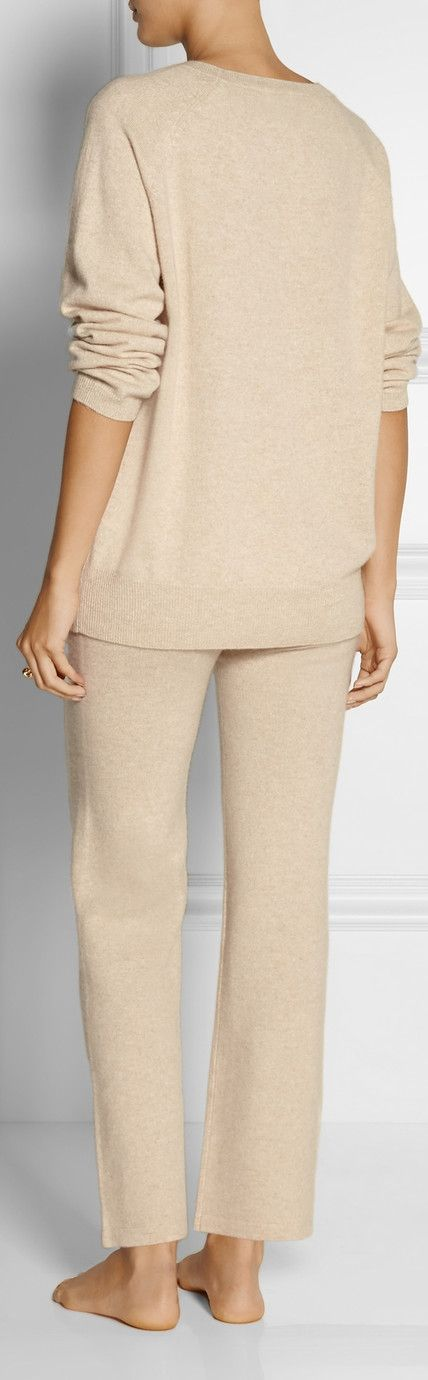 Madeleine Thompson Luxury Cashmere Pajama Set | $595