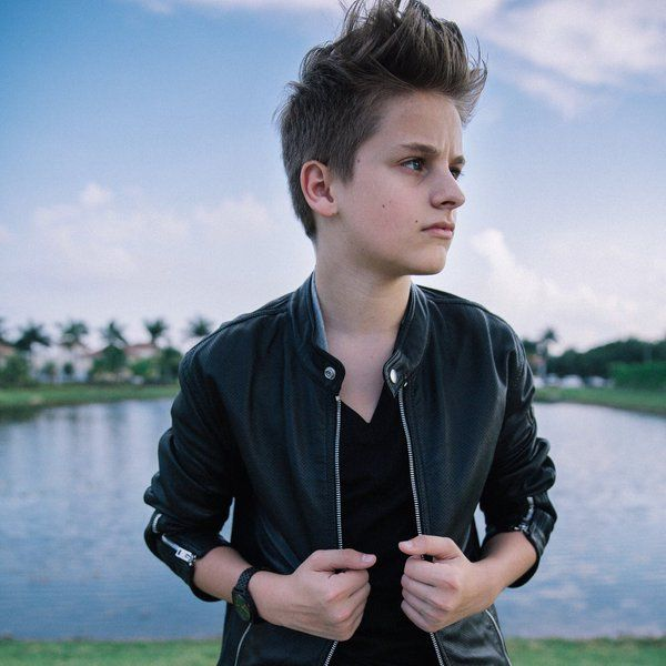 Media Tweets by Mark Thomas (@duhitzmark) | Twitter