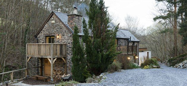 wonderfull architecture conversion in Wales - the old mill