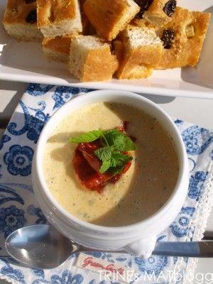 Squashsuppe med sprøstekt spekeskinke - TRINEs MATblogg
