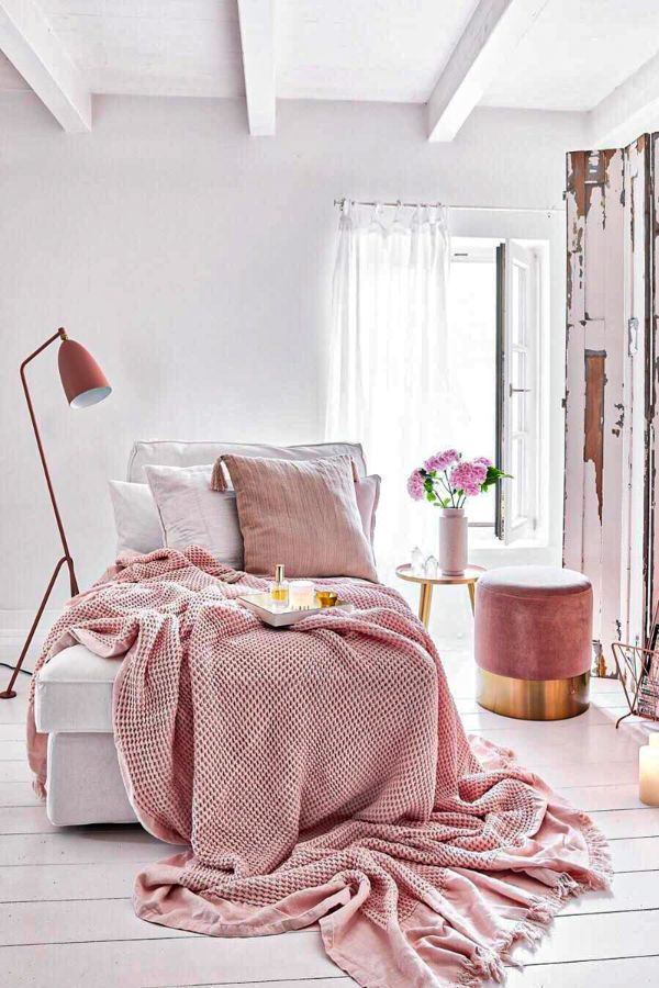 46 Best Blush Pink And Lovely Bedroom Design Ideas Part 11 In 2020 Pink Bedroom Decor Apartment Decor Pastel Bedroom