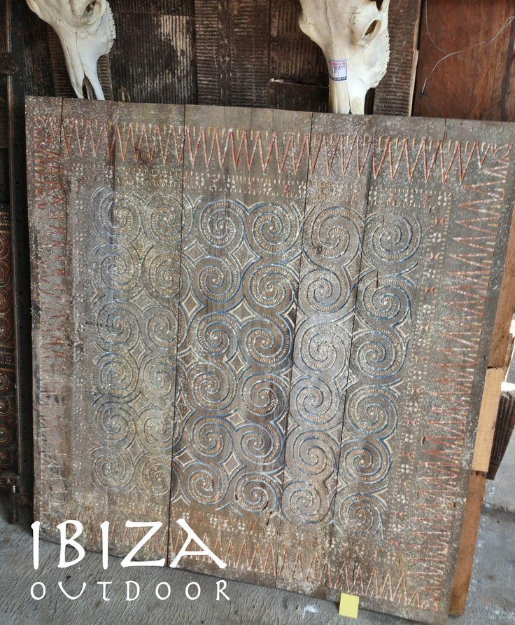 Heb nog maar een aantal van deze grote handgemaakte houten wandpanelen in de loods. Bij interesse graag even mailen naar ibizaoutdoor@gmail.com ook voor een afspraak in de loods. gr Mees