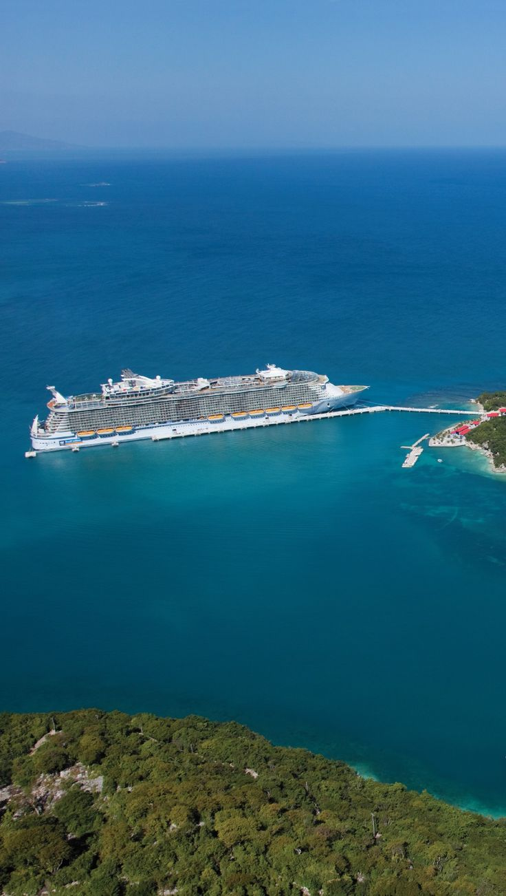 Oasis of the Seas docks in Labadee.