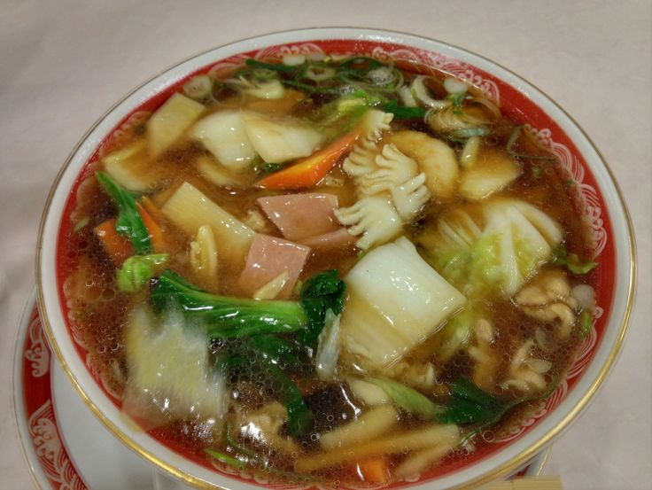 Gomoku Ramen(Vegetable noodles)include Chinese cabbage, carrots, squid, shrimp, green onions, qing-geng-cai, ham, bamboo shoots