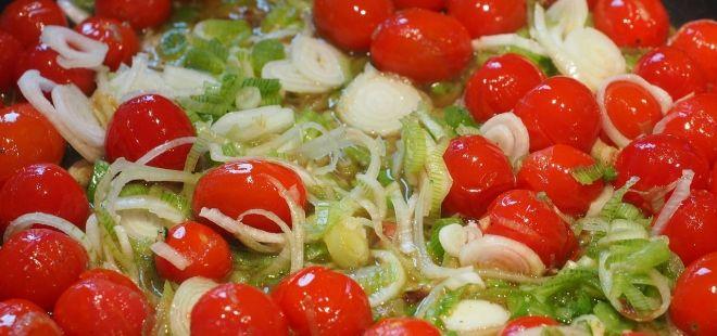 Naložená rajčata můžete použít do všech jídel, kde jsou součástí receptu