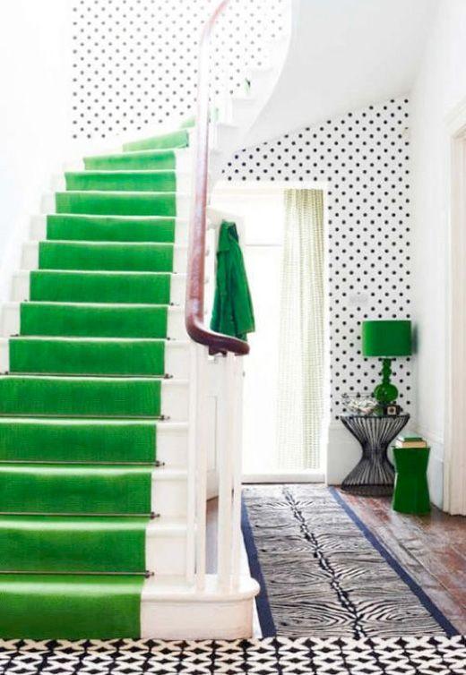 colourful-green-staircase-runner-design