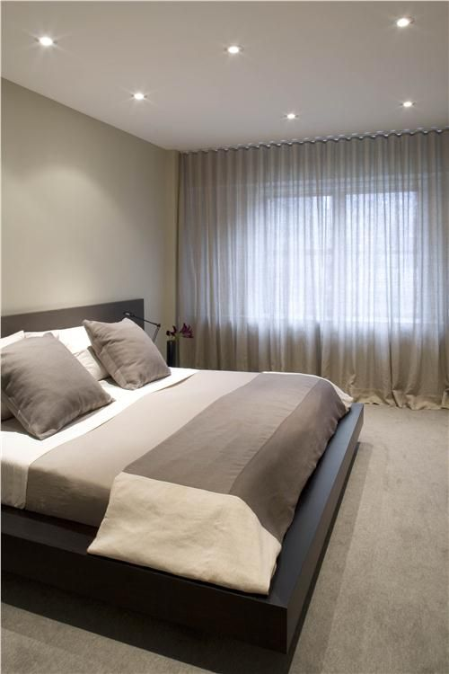Private+Contemporary+Bedroom+by+West+Chin+on+HomePortfolio