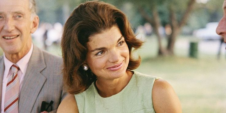 Jackie Kennedy Onassis Once Went on a Date With Alec Baldwin - TownandCountrymag.com