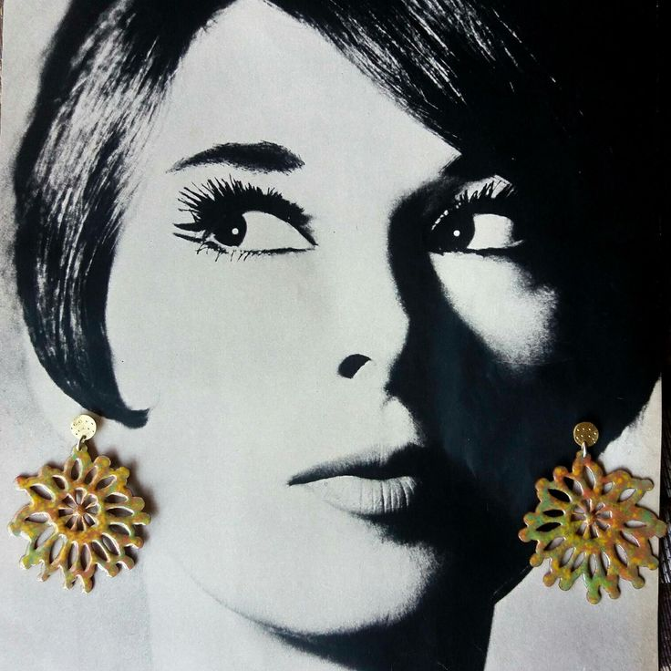 Flores Grandes.  Maxi earrings!!  Cobre esmaltado, bronce y vástago de plata.