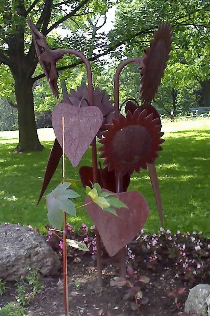 Poppy flower stake garden art poppy strong metal yard art flower - I Discovered This Wonderful Rusted Metal Flower In High Park In Toronto For More Metal Metal Garden Artrusted