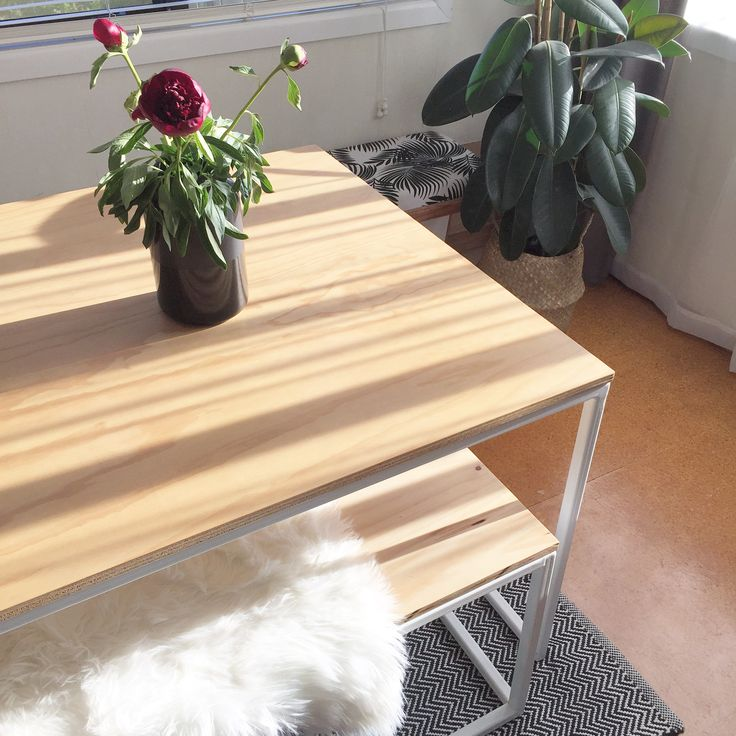Dining table plywood table top