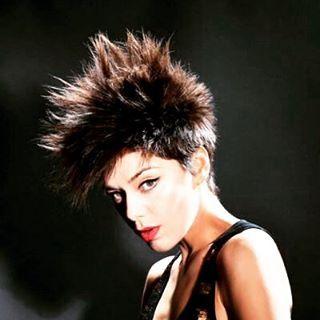 @elviracristi maquillada y peinada por @evatangol para @nuevamujerchile  #tangolstudio #elviracristi #salonboutique #nuevamujer #revista #sesionfotografica #makeup #hairstyle #estilistas #thebesthairstylists