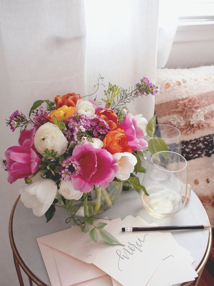 Spring flower arrangement tutorial | A Fabulous Fete