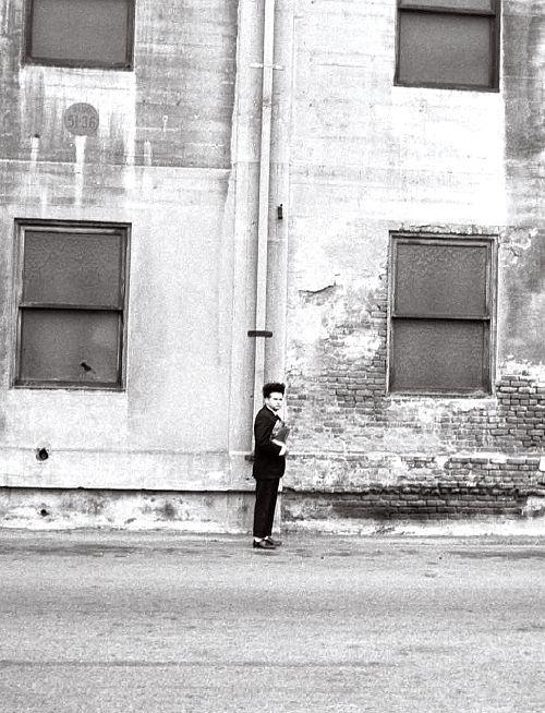 Jack Nance on the set of Eraserhead (dir. David Lynch, 1977)