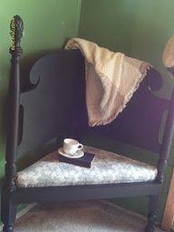 recyle old headbord | Corner bench from headboard