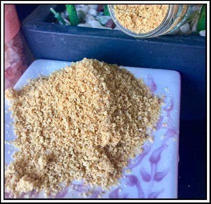 Gomasio (Sesame Salt) - New year always bring with it promises of changing lifestyles, losing weight and making the year even better than the one before. Today's recipe is focused on an excellent way of reducing salt intake on food while not compromising on flavour.