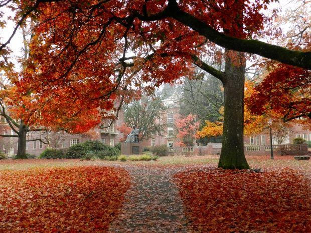 University of Oregon campus <3