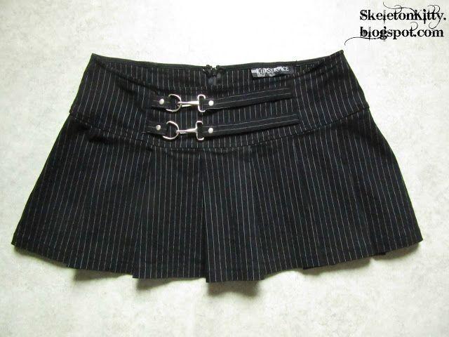 "LIP SERVICE Gangsta Pranksta ""Slip 'Er A Micky"" mini skirt #53-72"