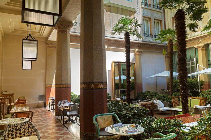 28 best prince des galles hotel paris images on pinterest luxury hotels beautiful hotels. Black Bedroom Furniture Sets. Home Design Ideas