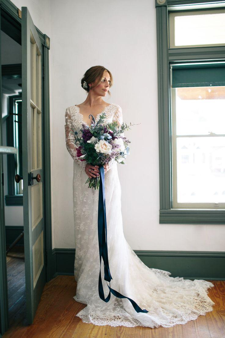 #laceweddingdress @weddingchicks