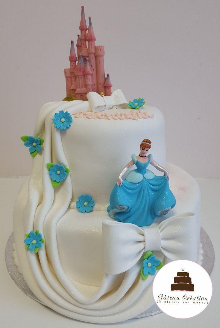 Pi¨ce montée d anniversaire Cendrillon avec son ch¢teau et sa figurine en sucre mandez d¨s aujourd hui votre g¢teau d anniversaire sur notre site