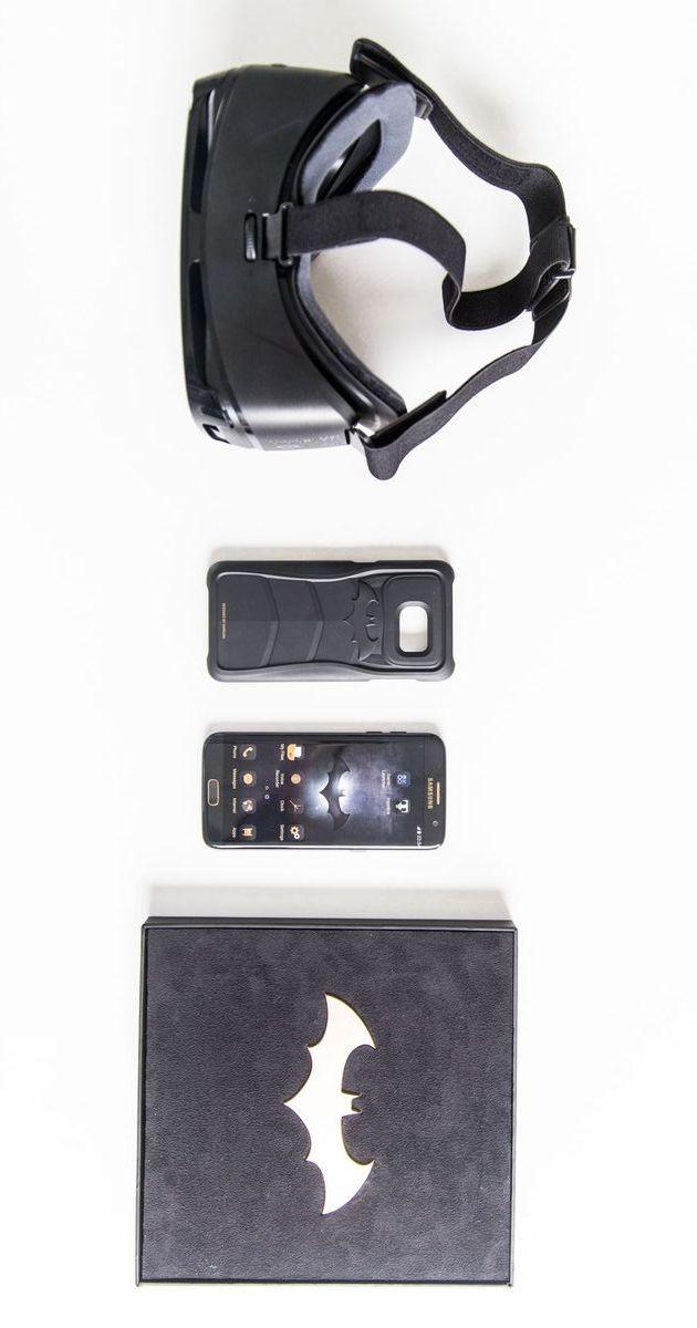 The Samsung Galaxy S7 Edge Batman Injustice Edition