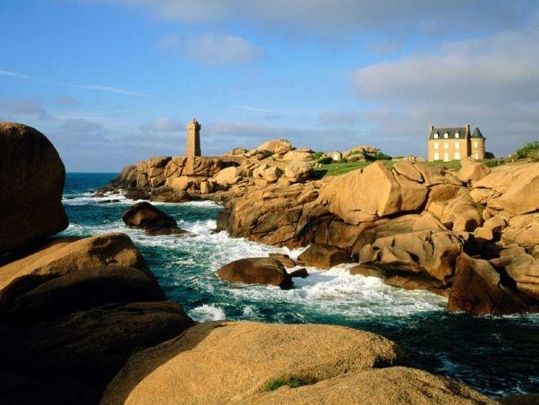 Ploumanach Rocks and Lighthouse, Bretagne, France
